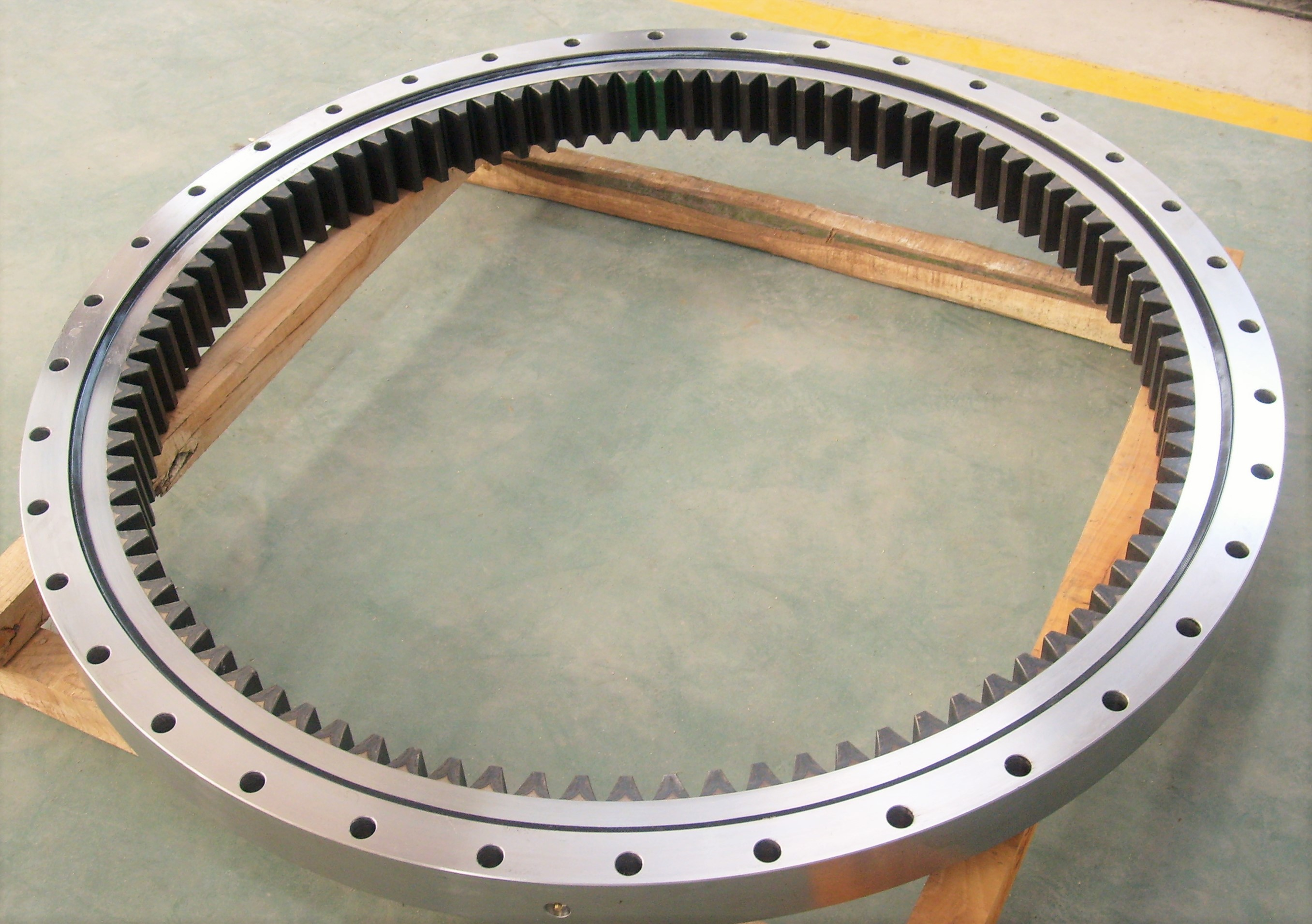 Single-row Four Point Contact Ball Slew Rings without Flange (SCB-HT Series)